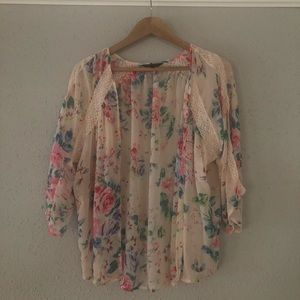 Express Sheer Kimono Top